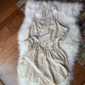 Other - Romper🎀